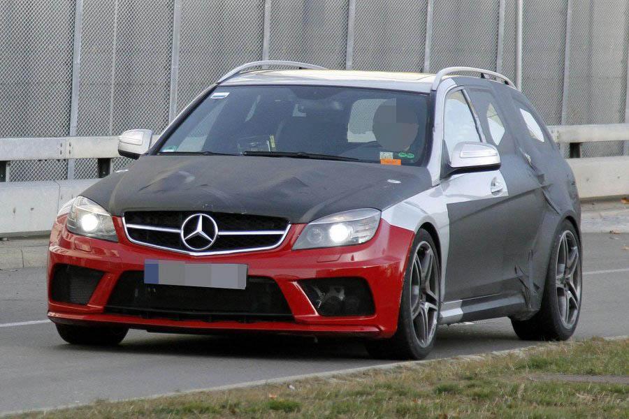 Универсал Mercedes C63 AMG Wagon Black Series
